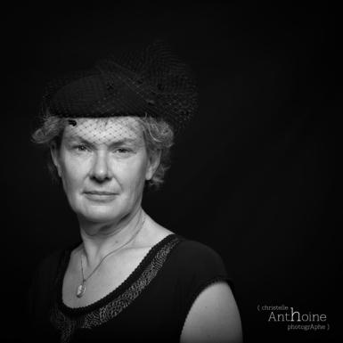 portrait studio noir et blanc photographe saint brieuc christelle anthoine photographe