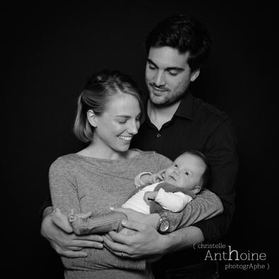 Portrait studio photo bébé saint brieuc photographe Christelle Anthoine bretagne côtes d'amor