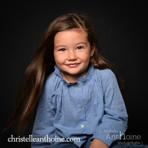 Portrait studio photo enfant saint brieuc photographe Christelle Anthoine bretagne côtes d'amor