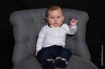 photographe portrait famille bébé enfant séance photo studio Saint-brieuc photographe Bretagne 01