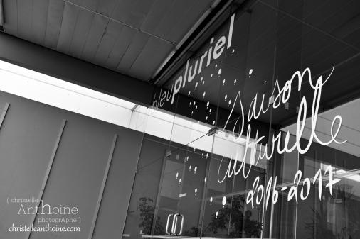 photographe-corporate-bretagne-atelier-meuble-en-cartons-icone-home-pour-bleu-pluriel-tregeux1