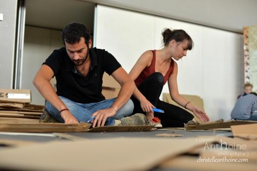 photographe-corporate-bretagne-atelier-meuble-en-cartons-icone-home-pour-bleu-pluriel-tregeux12