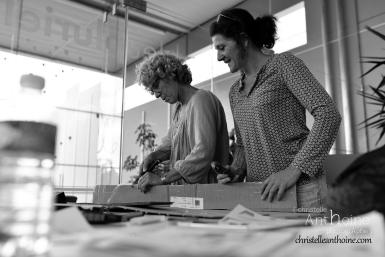 photographe-corporate-bretagne-atelier-meuble-en-cartons-icone-home-pour-bleu-pluriel-tregeux22