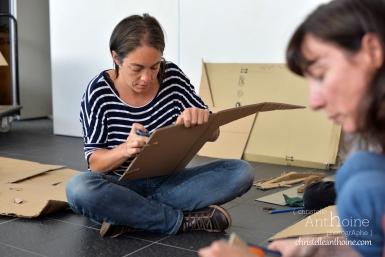 photographe-corporate-bretagne-atelier-meuble-en-cartons-icone-home-pour-bleu-pluriel-tregeux23