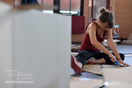 photographe-corporate-bretagne-atelier-meuble-en-cartons-icone-home-pour-bleu-pluriel-tregeux24