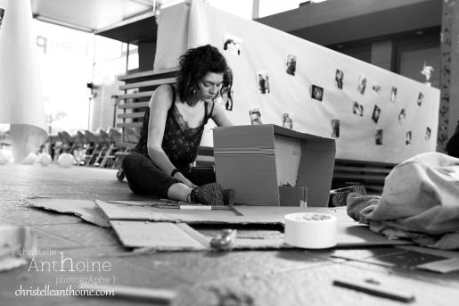 photographe-corporate-bretagne-atelier-meuble-en-cartons-icone-home-pour-bleu-pluriel-tregeux34