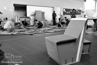 photographe-corporate-bretagne-atelier-meuble-en-cartons-icone-home-pour-bleu-pluriel-tregeux45