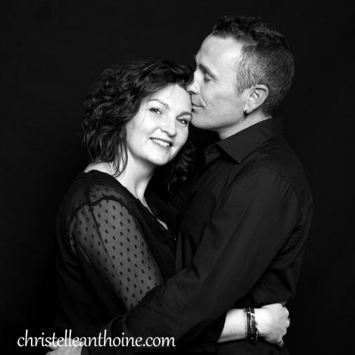 Christelle Anthoine Photographe couple séance noir et blanc studio bretagne saint brieuc
