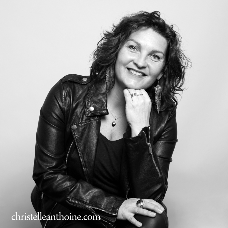 Christelle Anthoine Photographe portrait noir et blanc bretagne saint brieuc côtes d'armor famille N&B