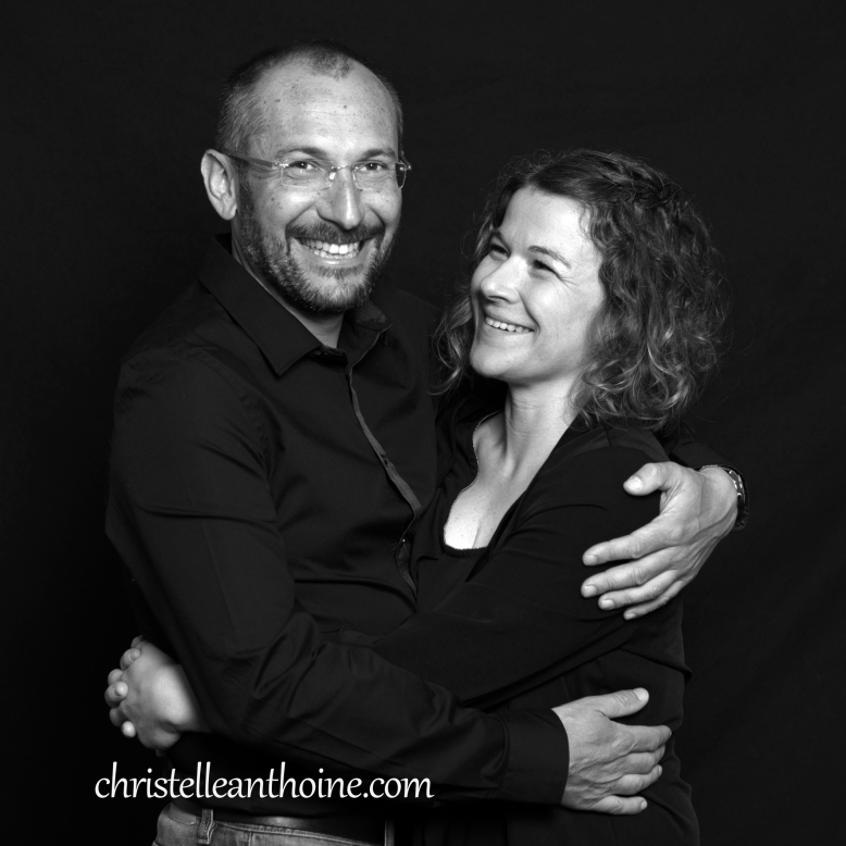 Christelle Anthoine Photographe couple séance noir et blanc studio bretagne saint brieuc côtes d'armor