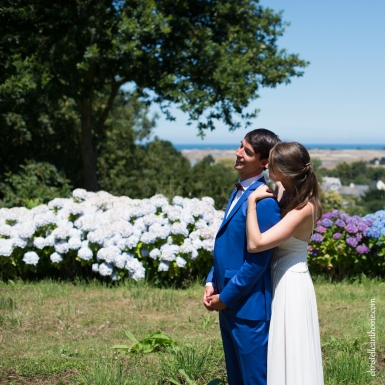 Photographe mariage bretagne mariés plougrescant côtes d'armor -54