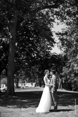 Photographe mariage bretagne mariés plougrescant côtes d'armor -61