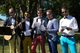 Photographe mariage bretagne mariés plougrescant côtes d'armor -79