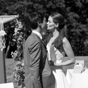 Photographe mariage bretagne mariés plougrescant côtes d'armor -82