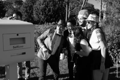 Photographe mariage bretagne mariés plougrescant côtes d'armor -95
