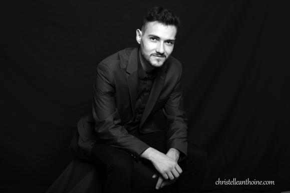 Photographe bretagne portrait entreprise corporate équipe saint brieuc cotes darmor noir et blanc