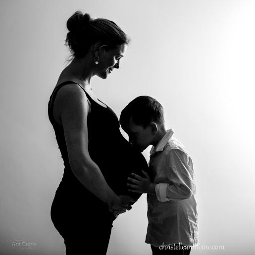 Photographe bretagne grossesse future maman femme enceinte nouveau né famille enfant cotes darmor bébé